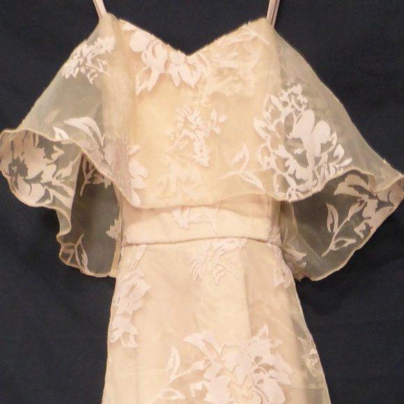 TWO SISTERS, size 6, long spaghetti strap dress